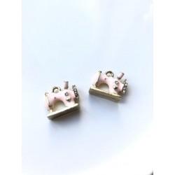 Подвеска - швейная машинка (розовая)