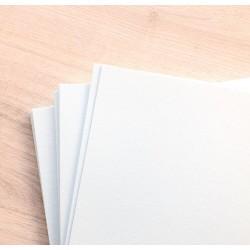 Дизайнерский картон (300 г) - белый, с легкой фактурой (22,5х21 см)